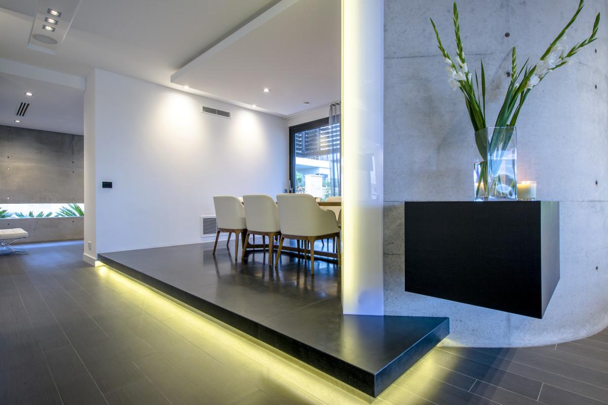 Stunning LED lit Dining room in 2 storey Mosman Park home.